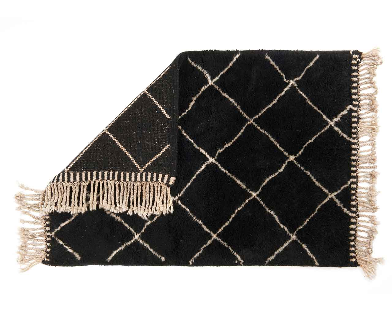 black beni ourain woollen carpet white diamond pattern 2