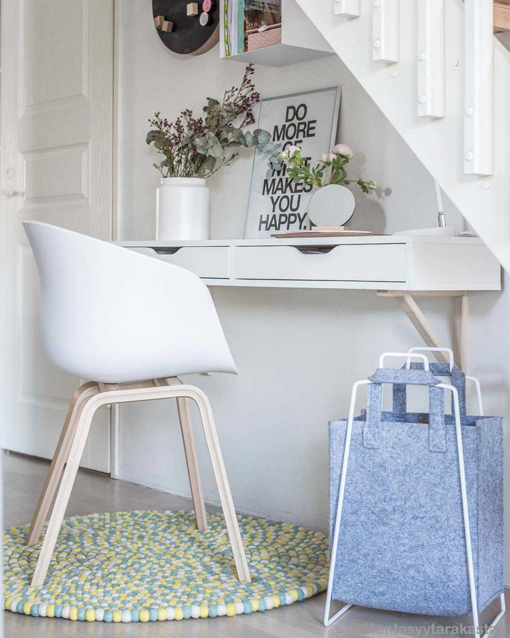 woolen white chair and table nepalese carpet
