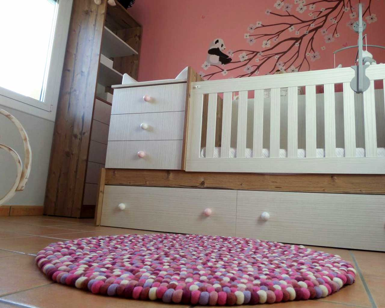 babies room pink white carpet